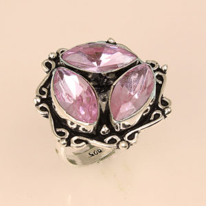 Δαχτυλίδι σε ασήμι 925 με 3 Ροζ Χαλαζίες!