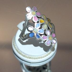 Δαχτυλίδι σε ασήμι 925 με Mother of Pearl.