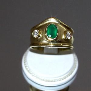 Δαχτυλίδι με Χρυσό & Σμαραγδίτη