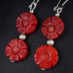 Σκουλαρίκια σε ασήμι 925 με κόκκινα Κοράλλια.