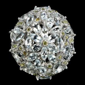 Δαχτυλίδι σε ασήμι 925 με λευκό πλατίνωμα στα 18Κ με 44 Ακουαμαρίνες στα 13.20 ct και 96 Κίτρινα Ζαφείρια στα 3.76 ct από την Μίνας Ζεράις της Βραζιλίας (ΚΩΔ 5571Δ)